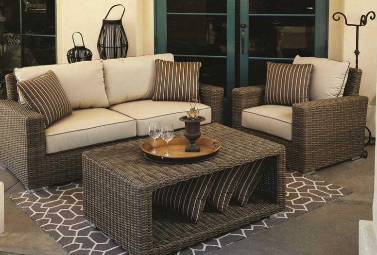 Top 4 Tips for Choosing the Perfect Outdoor Cushion Covers